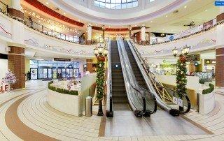 Разработанный дизайн-проект навигации идеально вписался в интерьерное оформление торгового центра