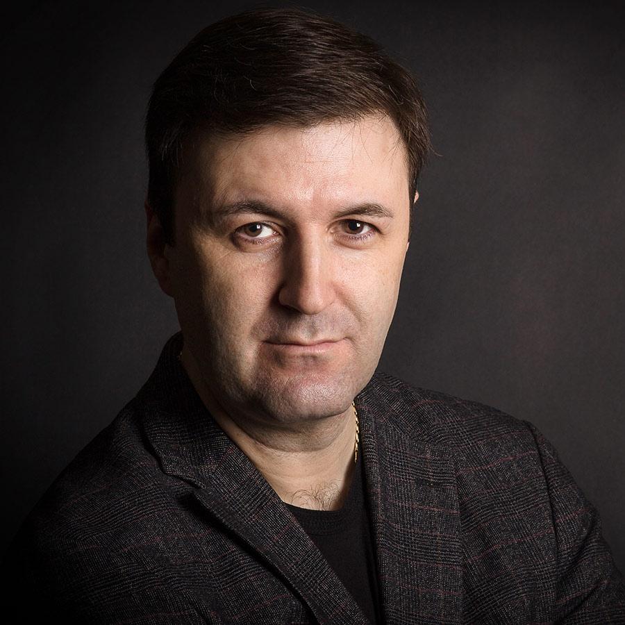 Дмитрий Карасов - Председатель правления торговой компании «Школьная планета»