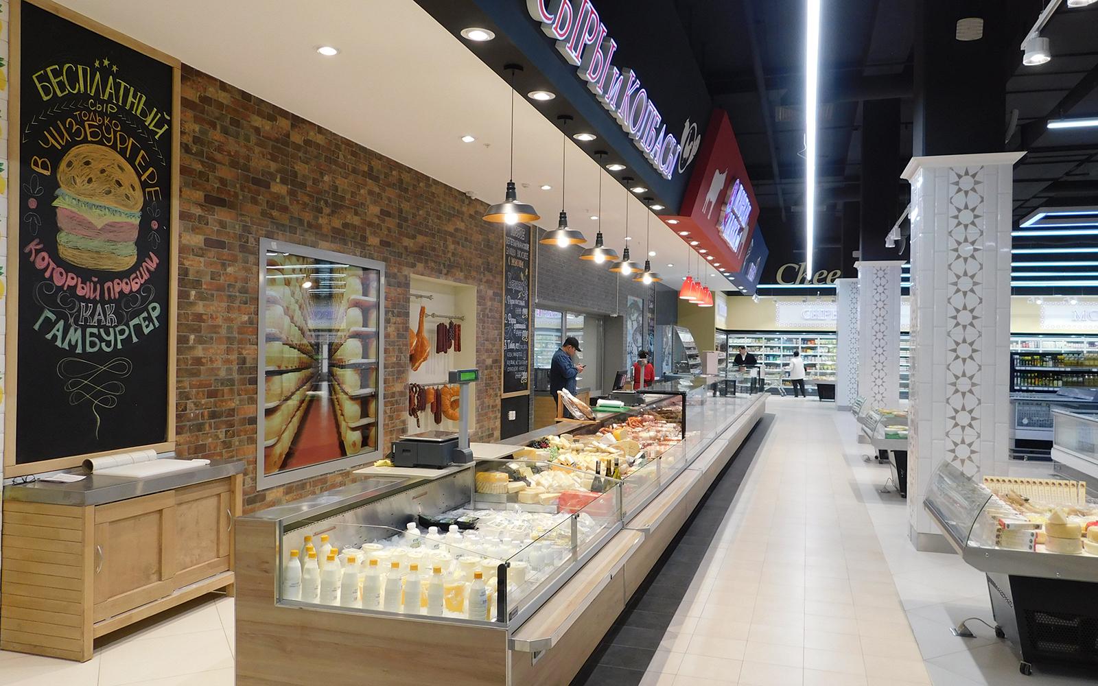 Супермаркет «Вкусмарт» в городе Нур-Султане